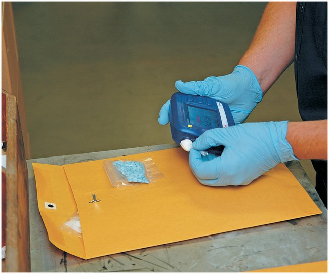 trunarc handheld narcotics analyzer