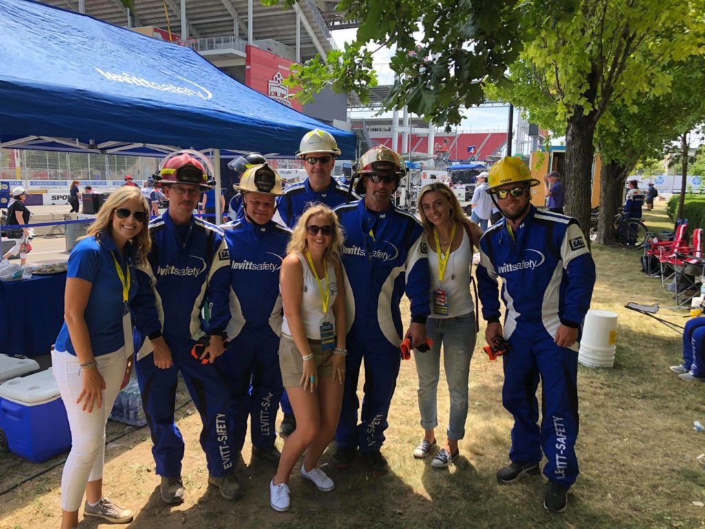 Levitt Safety Pit Crew at Honda Indy