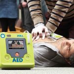 Common mistakes when using an AED (and how to avoid them)